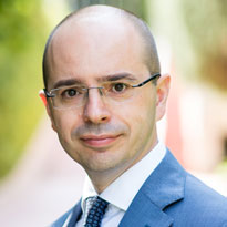 Giovanni Valentini | IESE Business School