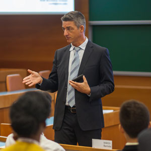 The Craft of Research | IESE Business School